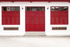 Κόκκινος ναός πορτών Στοκ φωτογραφίες με δικαίωμα ελεύθερης χρήσης
