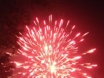 Κόκκινος ουρανός πυροτεχνημάτων Στοκ Εικόνα