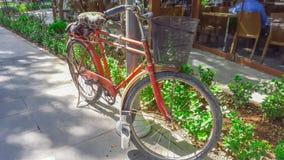 195-κόκκινος ποδήλατο στοκ φωτογραφία