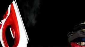 Κόκκινος σίδηρος με τον ατμό απόθεμα βίντεο
