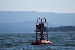 Κόκκινος σημαντήρας κουδουνιών στην εσωτερική μετάβαση Καναδάς Στοκ φωτογραφίες με δικαίωμα ελεύθερης χρήσης