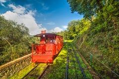 Κόκκινος σιδηρόδρομος καλωδίων σε Montecatini Στοκ Εικόνα