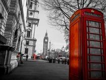 Κόκκινος τηλεφωνικός θάλαμος, Λονδίνο Στοκ εικόνα με δικαίωμα ελεύθερης χρήσης