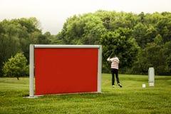 Κόκκινος φορέας γκολφ σημαδιών Στοκ φωτογραφία με δικαίωμα ελεύθερης χρήσης