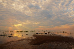 Κόκκινο απόκρυφο ηλιοβασίλεμα Στοκ εικόνες με δικαίωμα ελεύθερης χρήσης