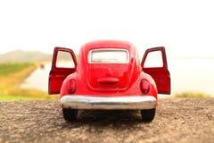 Κόκκινο αυτοκίνητο παιχνιδιών Στοκ εικόνα με δικαίωμα ελεύθερης χρήσης