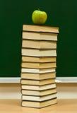 κόκκινο γνώσης μήλων στοκ φωτογραφία με δικαίωμα ελεύθερης χρήσης
