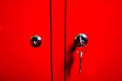 Κόκκινο γραφείο με τη βασικά σύσταση και το υπόβαθρο Στοκ φωτογραφία με δικαίωμα ελεύθερης χρήσης