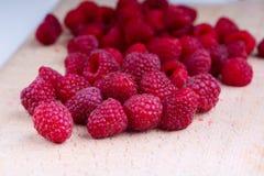 κόκκινο γλυκό rubus σμέουρων idaeus Στοκ εικόνες με δικαίωμα ελεύθερης χρήσης