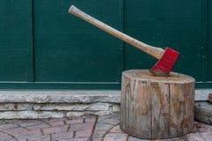 Κόκκινο διάστημα τσεκουριών και αντιγράφων Στοκ Φωτογραφίες