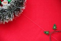 κόκκινο διακοσμήσεων Χριστουγέννων ανασκόπησης Στοκ φωτογραφία με δικαίωμα ελεύθερης χρήσης