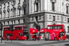 Κόκκινο διπλό κατάστρωμα στο Λονδίνο στοκ εικόνα