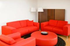 κόκκινο δωμάτιο διαβίωση&s στοκ φωτογραφία
