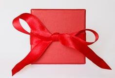 κόκκινο δώρων κιβωτίων Στοκ Φωτογραφία