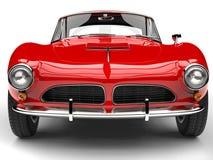 Κόκκινο εκλεκτής ποιότητας αθλητικό αυτοκίνητο πυρκαγιάς - ακραίος πυροβολισμός κινηματογραφήσεων σε πρώτο πλάνο μπροστινής άποψη Στοκ εικόνες με δικαίωμα ελεύθερης χρήσης