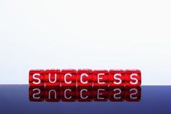 Κόκκινο επιτυχίας στο λευκό Στοκ Φωτογραφίες