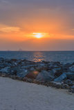 Κόκκινο ηλιοβασίλεμα και cloudscape στοκ φωτογραφίες με δικαίωμα ελεύθερης χρήσης
