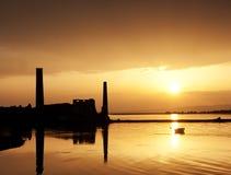 κόκκινο ηλιοβασίλεμα τοπίων χρωμάτων δονούμενο Στοκ εικόνα με δικαίωμα ελεύθερης χρήσης