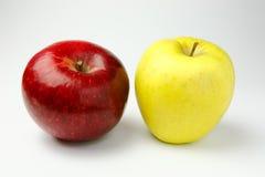 Κόκκινο και κίτρινο μήλο Στοκ Εικόνες