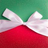 Κόκκινο και πράσινο κιβώτιο δώρων Στοκ φωτογραφίες με δικαίωμα ελεύθερης χρήσης