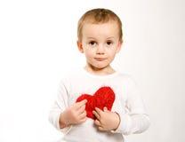κόκκινο καρδιών αγοριών Στοκ φωτογραφία με δικαίωμα ελεύθερης χρήσης