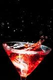Κόκκινο καταβρέχοντας κοκτέιλ Στοκ φωτογραφία με δικαίωμα ελεύθερης χρήσης