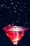 Κόκκινο καταβρέχοντας κοκτέιλ Στοκ Φωτογραφίες