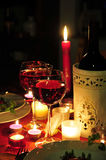 κόκκινο κρασί γευμάτων φω& Στοκ εικόνα με δικαίωμα ελεύθερης χρήσης