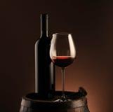 κόκκινο κρασί γυαλιού μπ&omi Στοκ Εικόνες
