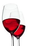 κόκκινο κρασί δύο γυαλι&omic στοκ εικόνες