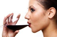 κόκκινο κρασί κοριτσιών Στοκ Εικόνα