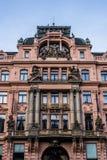 Κόκκινο κτήριο στο μπαρόκ ύφος στο Wenceslas Square στοκ εικόνα