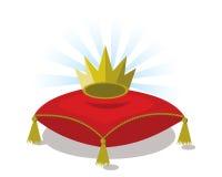 Κόκκινο μαξιλάρι με τη χρυσή κορώνα Στοκ φωτογραφία με δικαίωμα ελεύθερης χρήσης