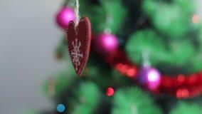 Κόκκινο ντεκόρ χριστουγεννιάτικων δέντρων φιλμ μικρού μήκους