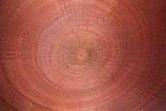 Κόκκινο ξύλινο ψάθινο κυκλικό υπόβαθρο σύστασης στοκ εικόνες