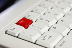 κόκκινο οδηγιών κουμπιών f1 Στοκ εικόνα με δικαίωμα ελεύθερης χρήσης