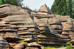 Κόκκινο πάρκο γεωλογίας πετρών δασικό στο επαρχία Hunan, Κίνα Στοκ Φωτογραφίες