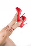 Κόκκινο παπούτσι γυναίκας πόδια και Στοκ Εικόνες