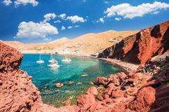 κόκκινο παραλιών Santorini, νησιά Cycladic, Ελλάδα στοκ εικόνα