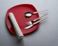 κόκκινο πιάτων Στοκ εικόνες με δικαίωμα ελεύθερης χρήσης