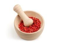 Κόκκινο πιπέρι σε ένα κονίαμα Στοκ φωτογραφία με δικαίωμα ελεύθερης χρήσης