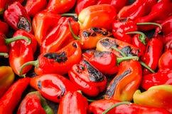 κόκκινο πιπεριών που ψήνετ& Στοκ εικόνα με δικαίωμα ελεύθερης χρήσης