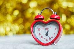 Κόκκινο ρολόι Στοκ φωτογραφίες με δικαίωμα ελεύθερης χρήσης
