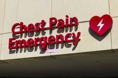 Κόκκινο σημάδι εισόδων έκτακτης ανάγκης για ένα τοπικό νοσοκομείο XVII Στοκ φωτογραφία με δικαίωμα ελεύθερης χρήσης