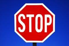 Κόκκινο σημάδι στάσεων Στοκ φωτογραφίες με δικαίωμα ελεύθερης χρήσης