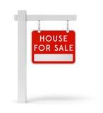 Κόκκινο σπίτι σημαδιών κτημάτων για την πώληση Στοκ εικόνα με δικαίωμα ελεύθερης χρήσης