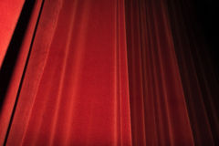 Κόκκινο στάδιο κουρτινών Έννοια εικόνας θεάτρων Στοκ Εικόνα
