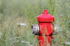 Κόκκινο στόμιο υδροληψίας Στοκ Φωτογραφίες