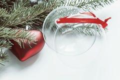 κόκκινο σφαιρών Διακοσμήσεις για τα Χριστούγεννα Στοκ Εικόνες