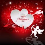 Κόκκινο σχέδιο με τις άσπρες σκιαγραφίες δύο καρδιών και cupid ελεύθερη απεικόνιση δικαιώματος
